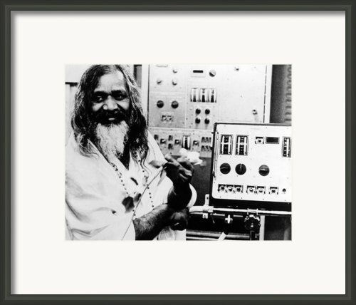 Maharishi Mahesh Yogi, Late 1960s Framed Print By Everett