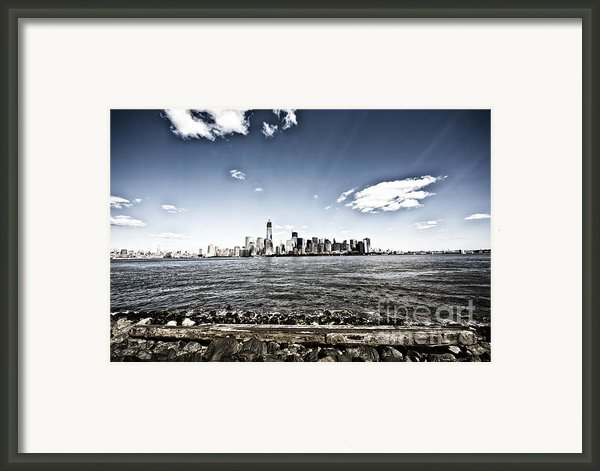 Manhattan Framed Print By Leslie Leda