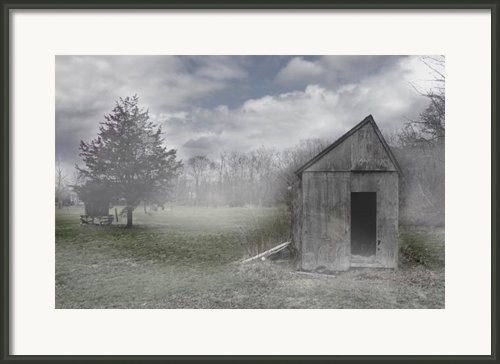 Manor Road Farm Framed Print By Tom Romeo