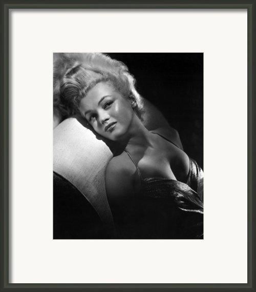 Marilyn Monroe, Ca. Early 1950s Framed Print By Everett