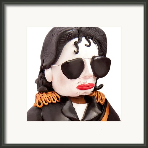 Michael Jackson Framed Print By Louisa Houchen