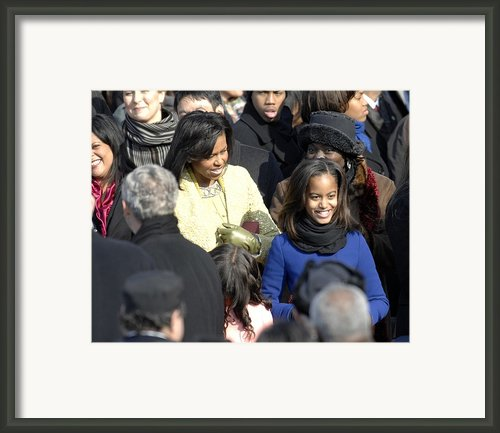 Michelle Obama And Daughters Malia Framed Print By Everett