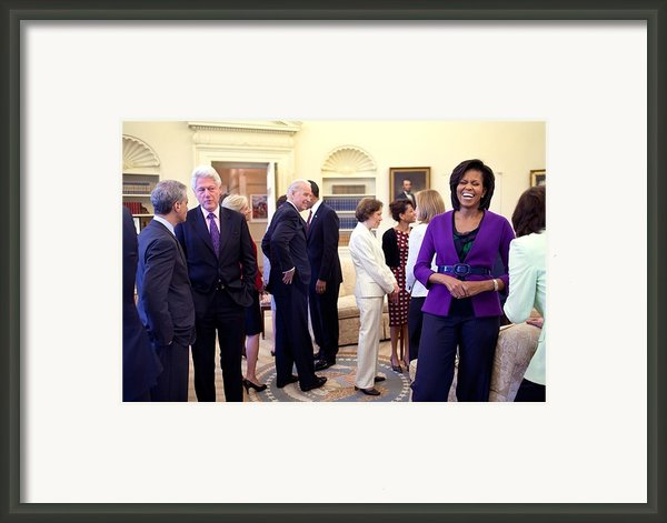 Michelle Obama Laughs With Guests Framed Print By Everett