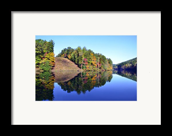 Mirror Image Framed Print By Susan Leggett