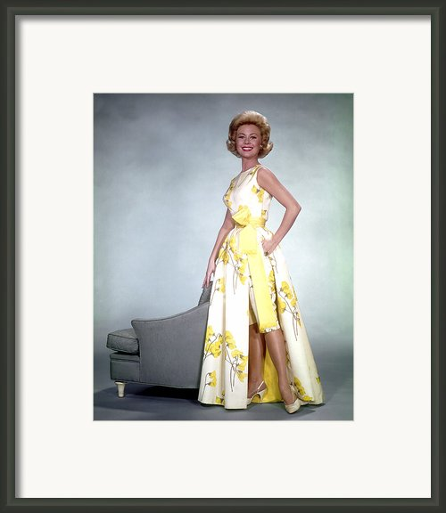 Mitzi Gaynor, 1950s Framed Print By Everett