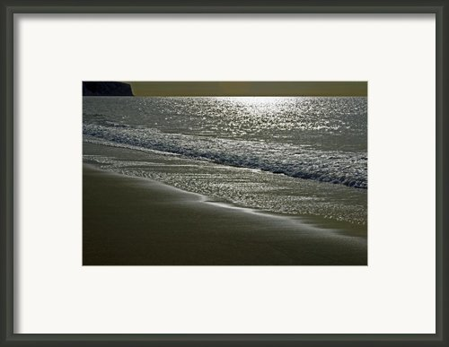 Morning Light On Sandown Beach Framed Print By Rod Johnson