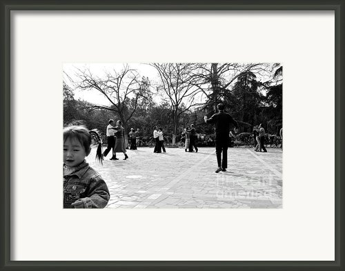 Motion Framed Print By Dean Harte