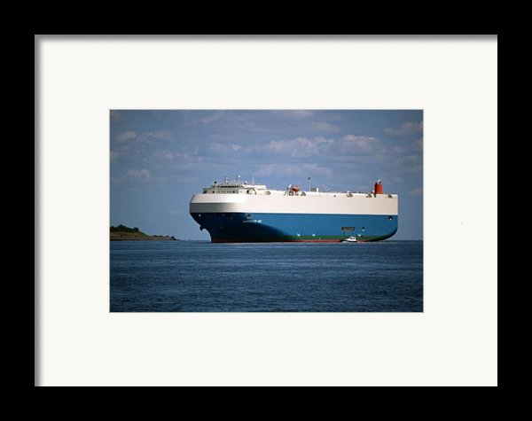 Mv Marvelous Ace Inbound Port Of Baltimore Framed Print By Wayne Higgs
