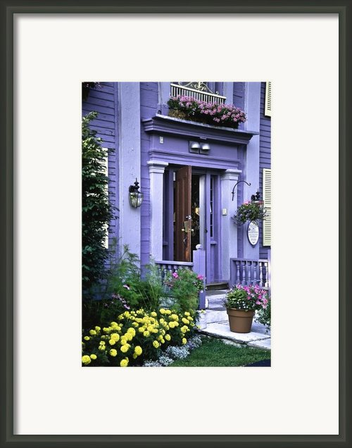 New England Inn Framed Print By Mark Coran