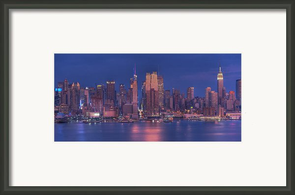 New York City Framed Print By Kirit Prajapati