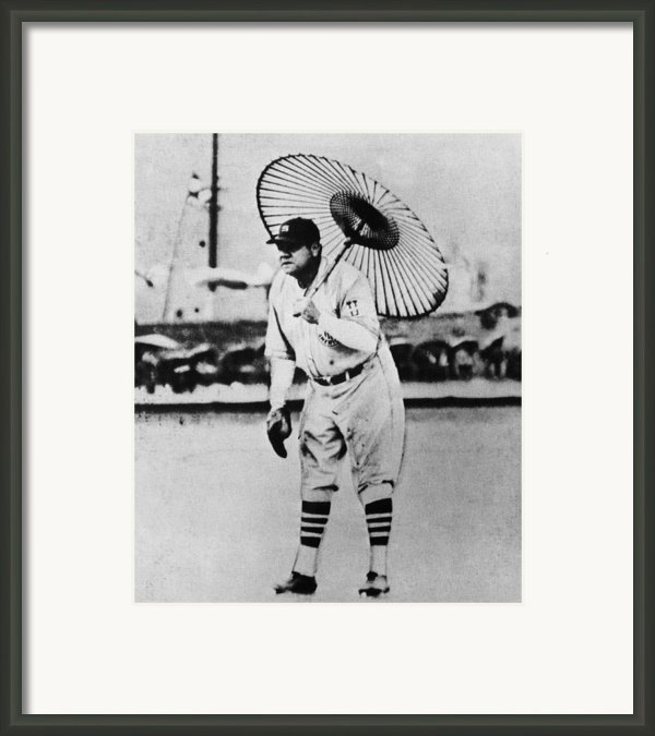 New York Yankees. Babe Ruth, Holding Framed Print By Everett