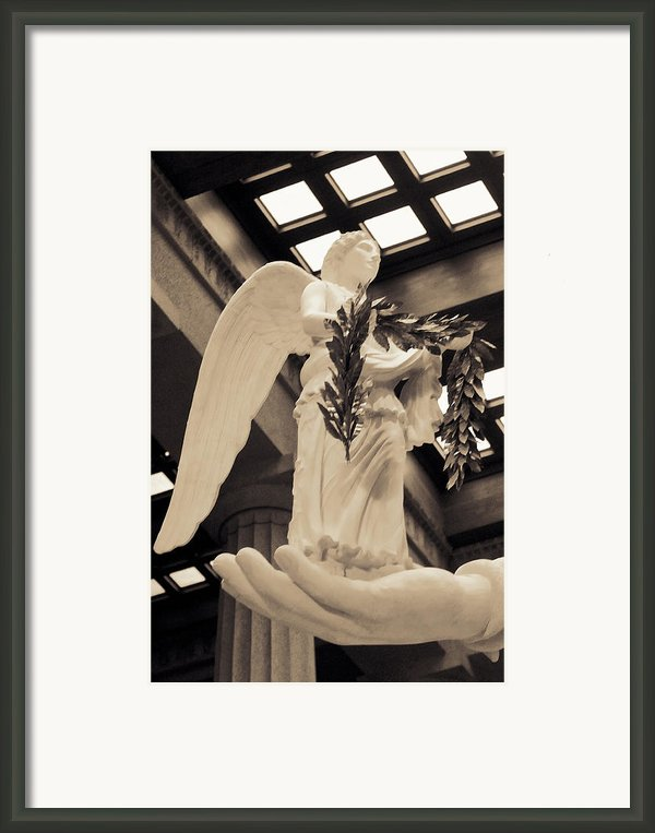 Nike Goddess Of Victory Sepia Framed Print By Linda Phelps