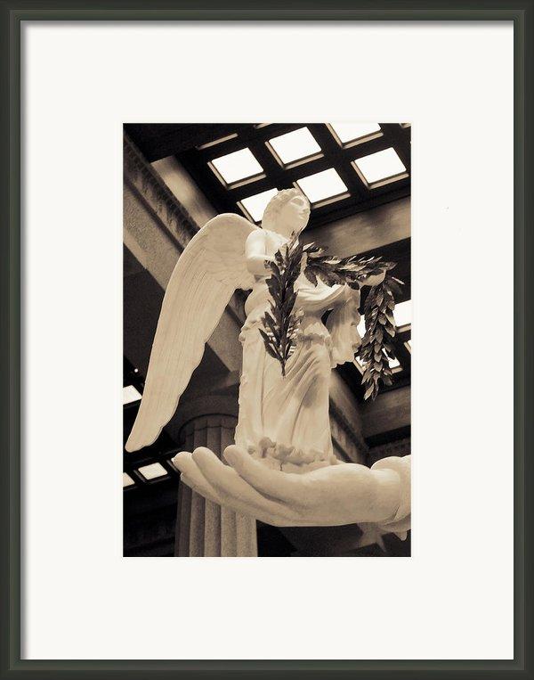Nike Goddess Of Victory Sepia Framed Print By Linda Phelps