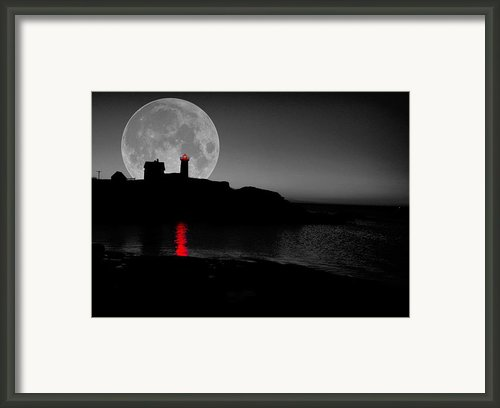 Nubble Moon Framed Print By Emily Stauring
