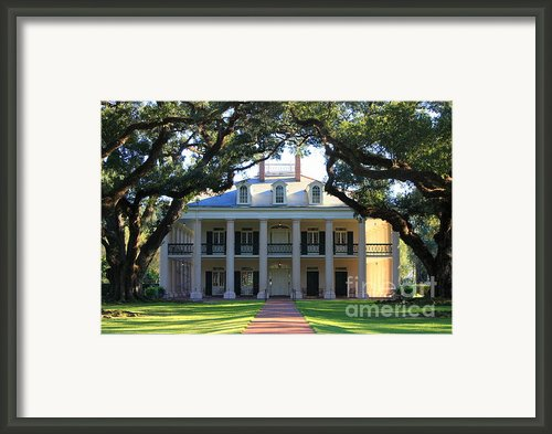 Oak Alley Plantation Framed Print By Carol Groenen