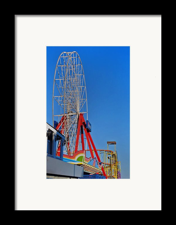 Oc Winter Ferris Wheel Framed Print By Skip Willits