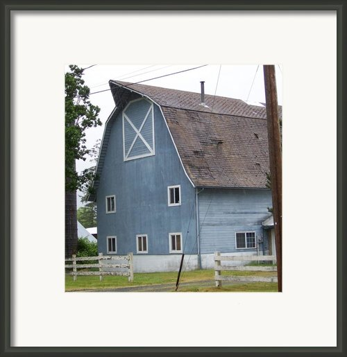Old Blue Barn Littlerock Washington Framed Print By Laurie Kidd