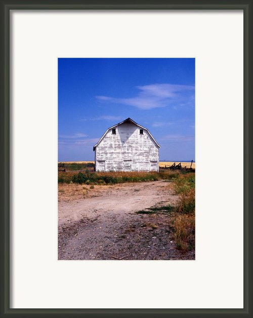 Old White Barn Framed Print By Kathy Yates