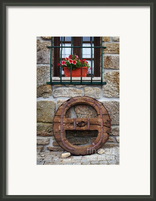 Old Wooden Wheel Framed Print By Carlos Caetano