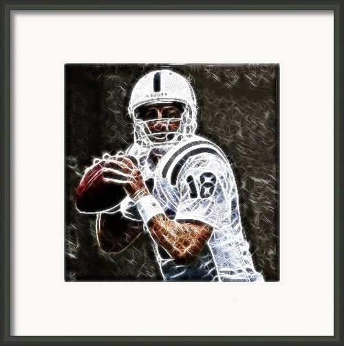 Peyton Manning 18 Framed Print By Paul Ward
