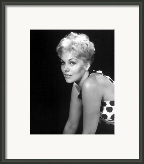 Picnic, Kim Novak, 1955 Framed Print By Everett