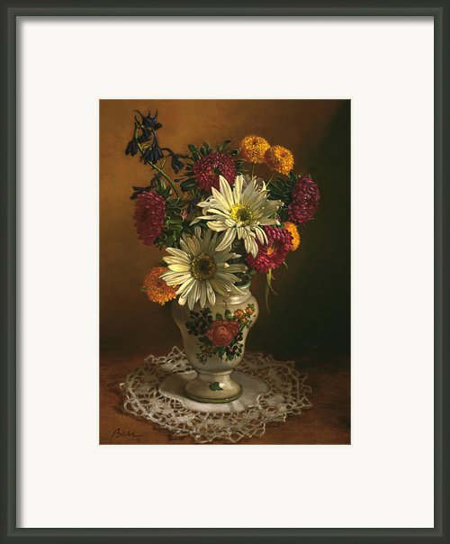 Picollo Bella Framed Print By Lyndall Bass