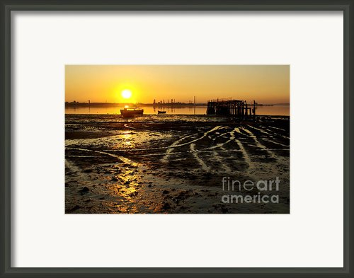 Pier At Sunset Framed Print By Carlos Caetano