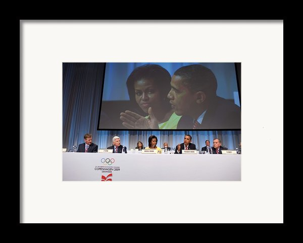 President And Michelle Obama Answer Framed Print By Everett