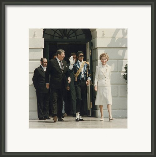 President And Nancy Reagan With Michael Framed Print By Everett