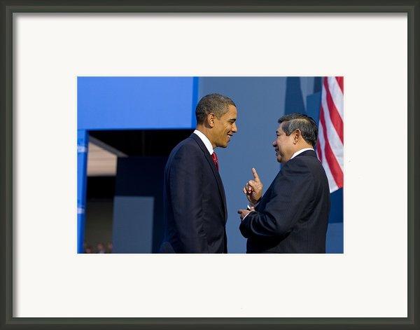 President Obama Talks With Indonesian Framed Print By Everett