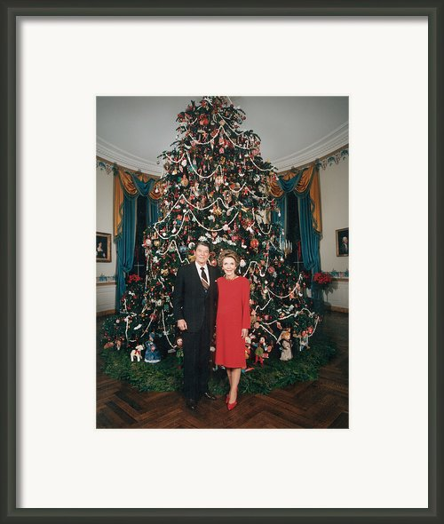 President Ronald Reagan, First Lady Framed Print By Everett