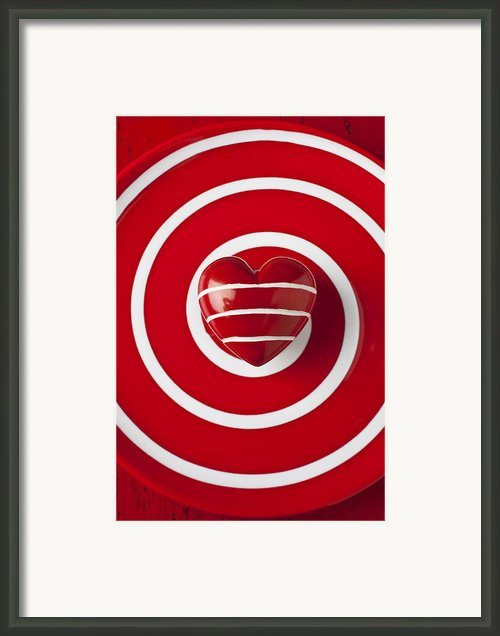 Red Heart Soft Stone Framed Print By Garry Gay