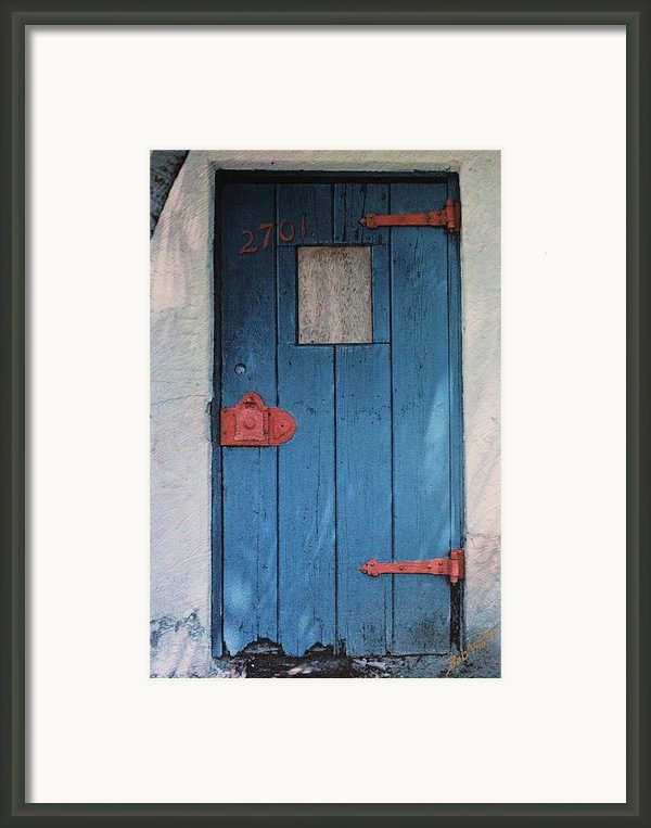 Red Hinges Framed Print By Bob Whitt
