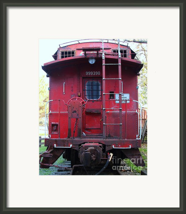 Red Sante Fe Caboose Train . 7d10476 Framed Print By Wingsdomain Art And Photography