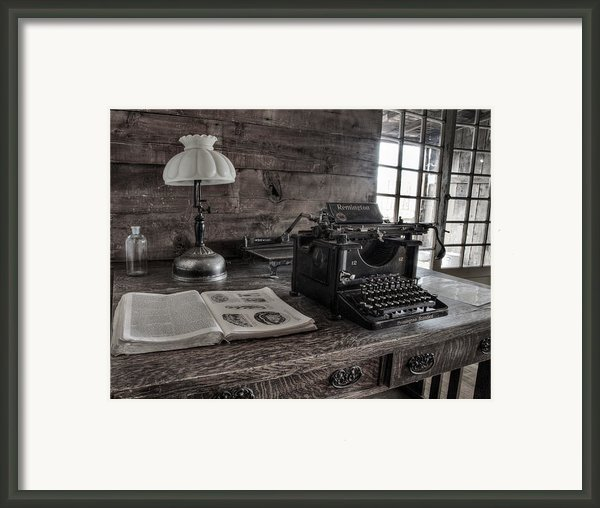 Remington Standard  Framed Print By David Wagner