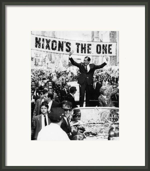 Richard Nixon. Us Presidential Framed Print By Everett
