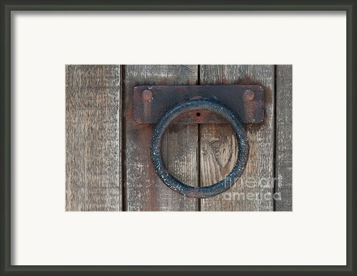 Ring Knock Framed Print By Dan Holm