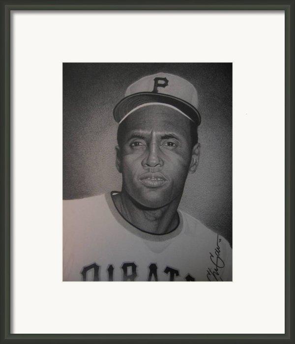 Roberto Clemente Framed Print By Christian Garcia