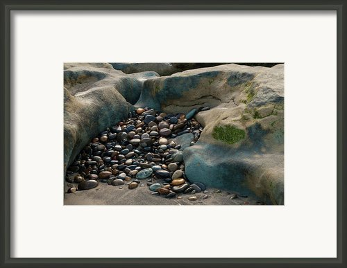 Rock Cradle Framed Print By Randy Bayne