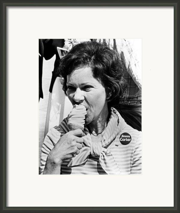 Rosalynn Carter Enjoys An Ice Cream Framed Print By Everett