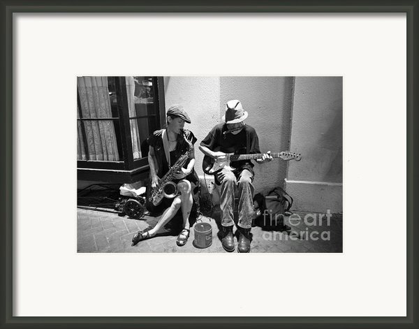 Royal Street Music Framed Print By Leslie Leda