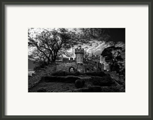 Ruins Of Warwick In Black And White Framed Print By Laura George