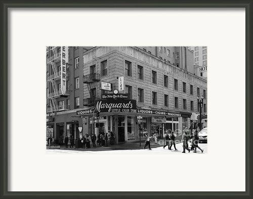 San Francisco Marquards Little Cigar Store Powell Street - 5d17950 - Black And White Framed Print By Wingsdomain Art And Photography