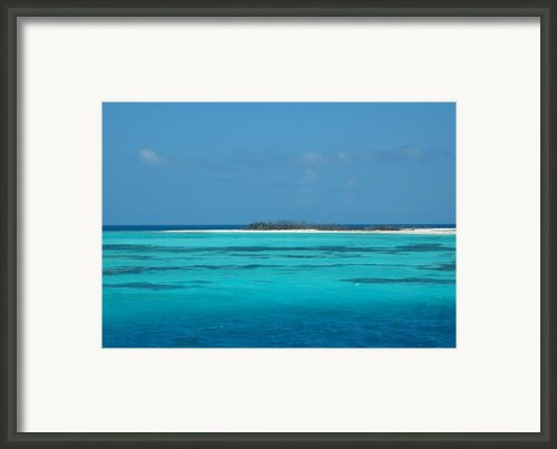 Sand Bar Island Framed Print By Susanne Van Hulst
