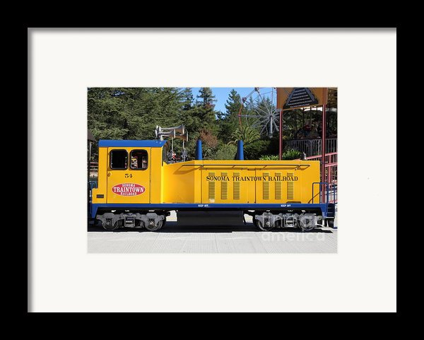 Scale Locomotive - Traintown Sonoma California - 5d19237 Framed Print By Wingsdomain Art And Photography