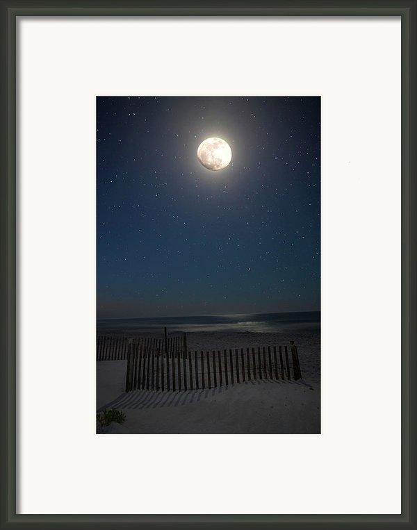 Seaside Moonset Framed Print By Charles Warren
