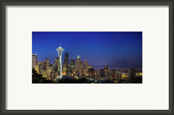 Seattle Skyline Framed Print By Sebastian Schlueter (sibbiblue)