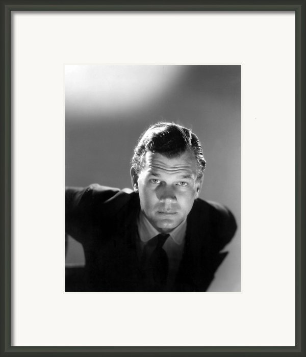 Shadow Of A Doubt, Joseph Cotten, 1943 Framed Print By Everett
