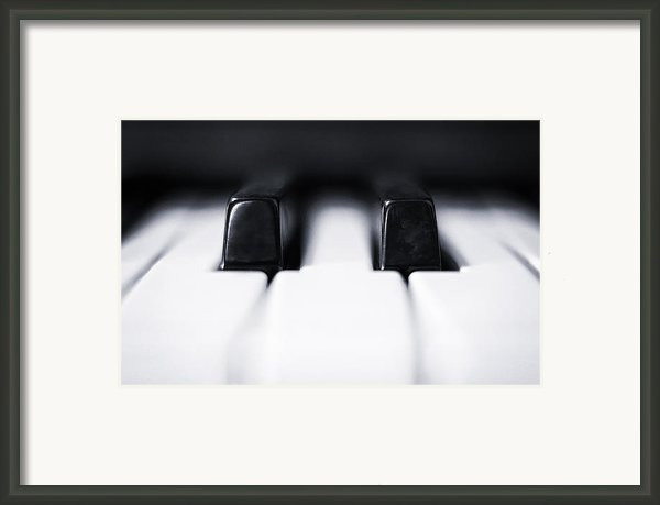 Sharp Or Flat Framed Print By Scott Norris