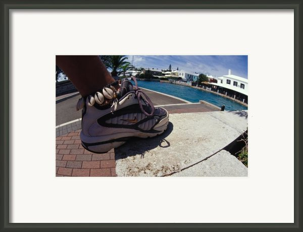 Shell Ankle Bracelet Framed Print By Carl Purcell